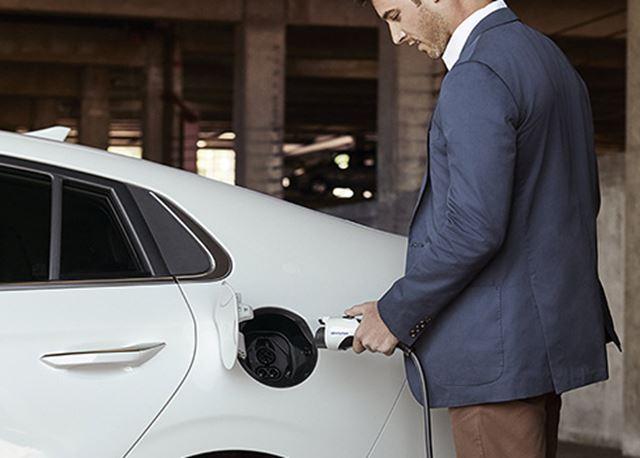 Zo eenvoudig is het opladen van een elektrische auto